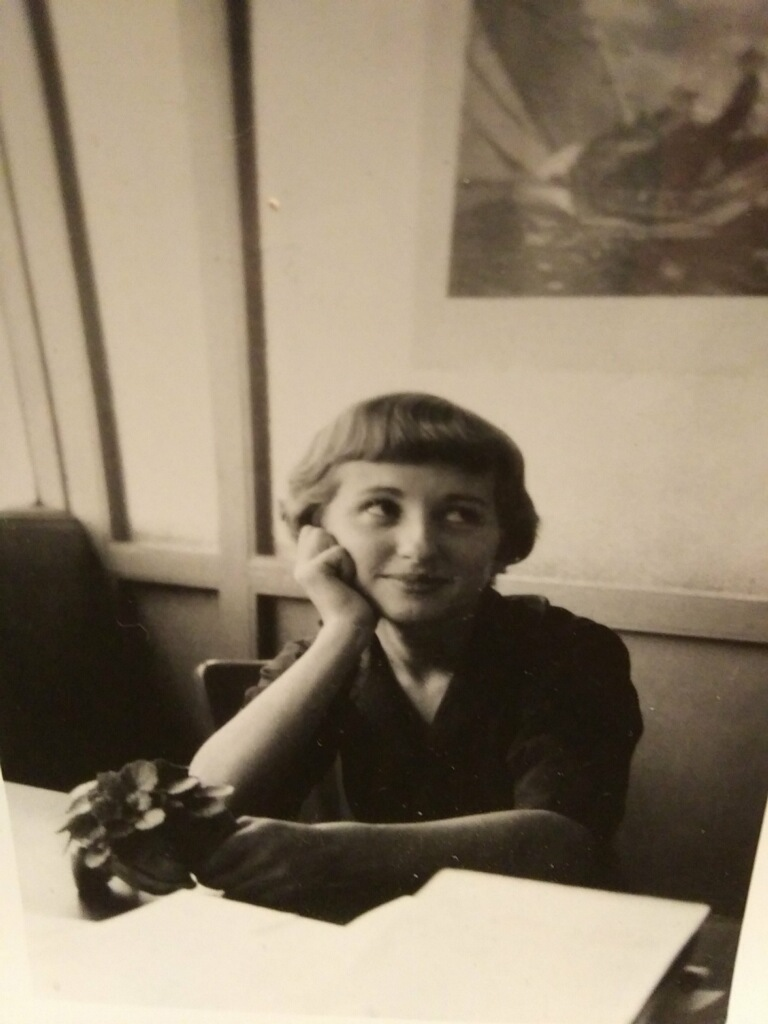 young Lois
